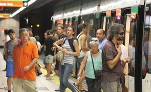 Los trabajadores del metro de Málaga siguen adelante con la huelga esta Semana Santa