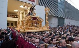 Jacobot, nuestro asistente en Twitter que te dice dónde está cada trono al momento esta Semana Santa de Málaga 2018