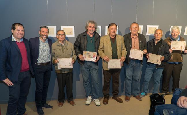 El Museo de Nerja recupera dibujos de la Semana Santa de 1958 y reúne a sus autores
