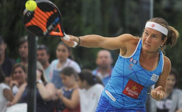 Carolina Navarro, una de las más veteranas del World Padel Tour.