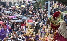 Domingo de palmas y paraguas
