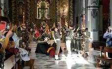 Vídeo   Emocionante cambio de la guardia de los paracaidistas en el Cristo de Ánimas de Ciegos