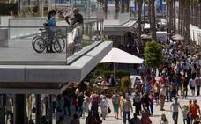 ¿Qué centros comerciales abren este Jueves y Viernes Santo en Málaga?
