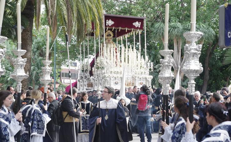 El Descendimiento y la Virgen de las Angustias en el Viernes Santo de Málaga 2018