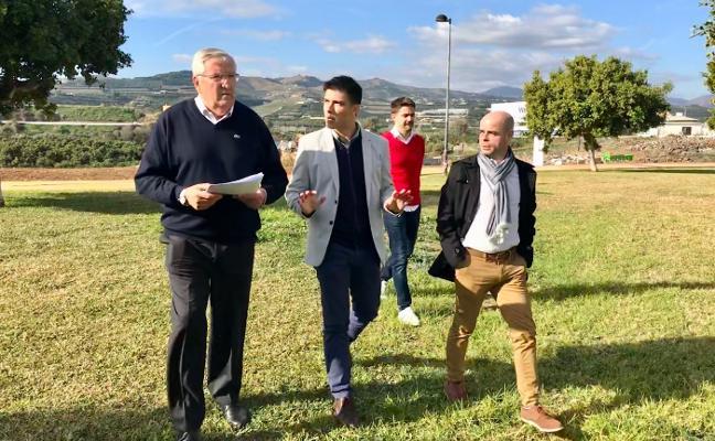 Vélez proyecta un nuevo parque y una zona de barbacoas en la finca Las Golondrinas