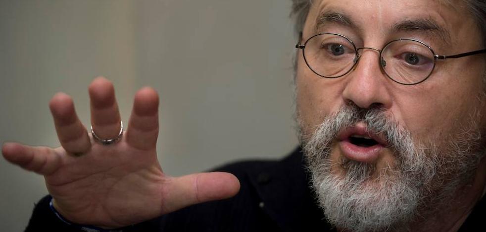Manuel Rivas, un insurgente «avergonzado ante la descivilización»