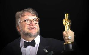 El humor precede al oscarizado Guillermo del Toro