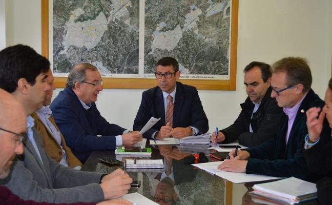 Coín, Pizarra y Álora piden a la Diputación que gestione la depuradora del Guadalhorce