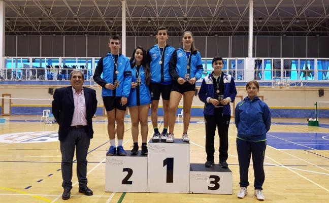 Siete preseas en el Trofeo Regional sub-15 disputado en el pabellón Rubén Ruzafa