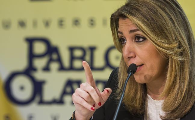 Hernando se equivoca y atribuye a Susana Díaz un máster que no figura en su biografía