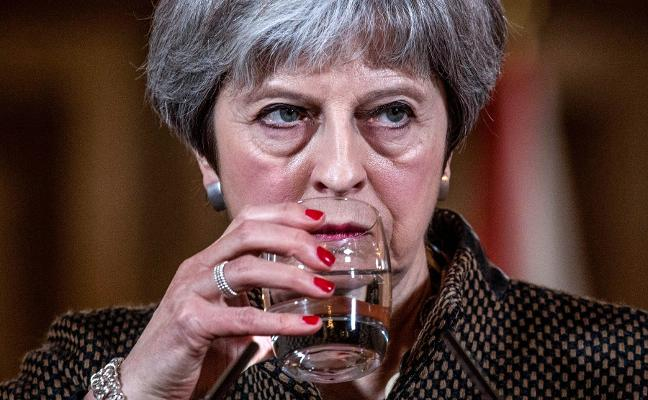 Corbyn cuestiona la legalidad del ataque de los aliados