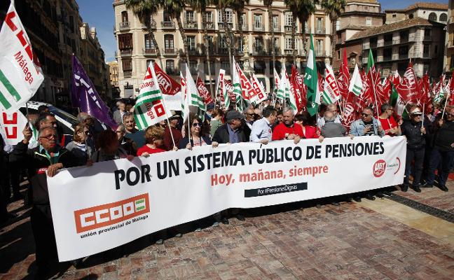 Multitudinaria manifestación en defensa de las pensiones públicas