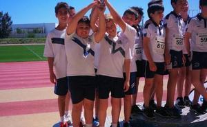 El colegio La Colina triunfa en la prueba por equipos de los Juegos Municipales de Atletismo