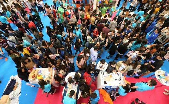 Miles de alumnos de Bachillerato se asoman a su futuro en la UMA