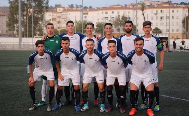 La Liga afronta su recta final, con el Marbella entre los favoritos para conseguir el ascenso