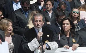 El decano de los abogados denuncia que hay letrados del turno de oficio que cobran menos de dos euros la hora