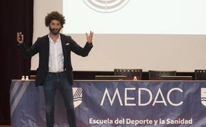 Francisco Ávila anima a emprender controlando riesgos y sin lanzarse al vacío