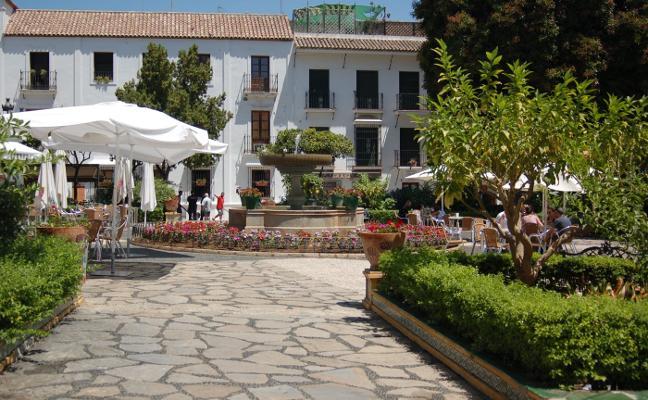 Estepona tramita tres nuevas licencias para hoteles en el centro, que sumarán once