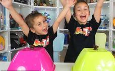 Martina, Mikel y otros niños que triunfan en YouTube