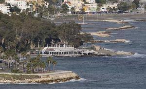 La universidad de Cádiz hará el estudio ambiental de la playa de poniente de Baños del Carmen
