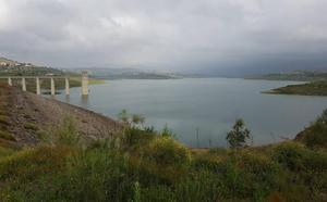 El Gobierno lleva tres años sin invertir en la conducción del agua entre Málaga y la Costa del Sol