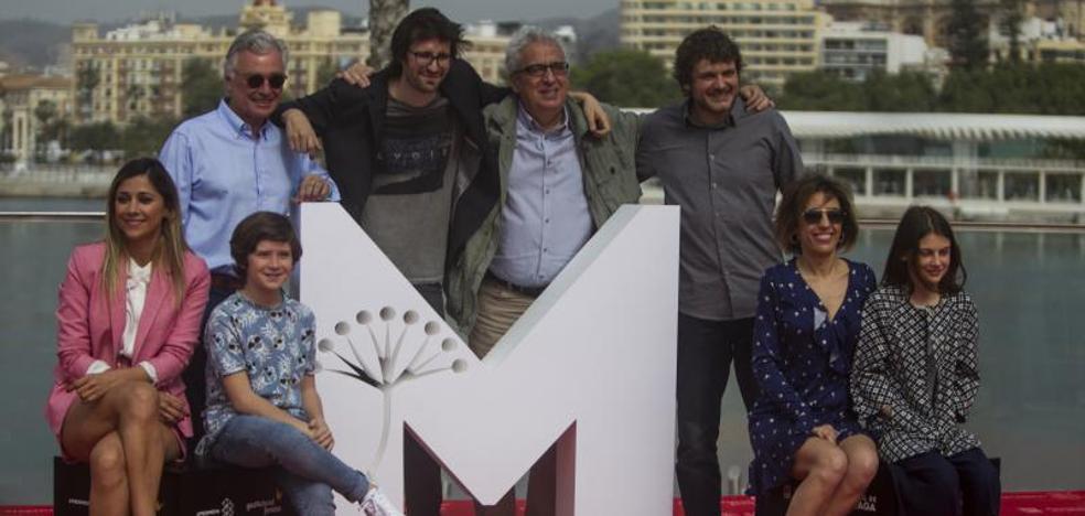 'El mejor verano de mi vida' recupera la comedia familiar de los 90 para clausurar el festival