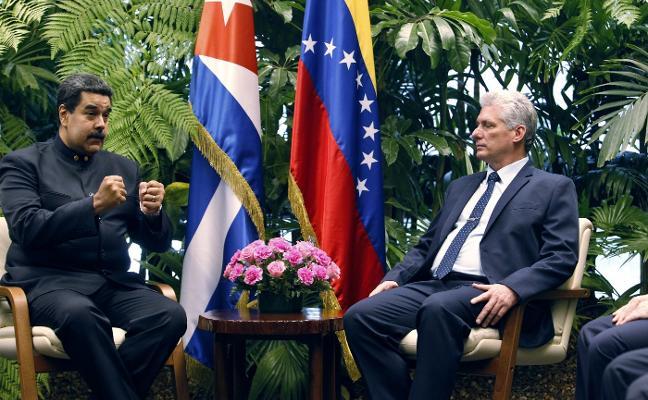 Díaz-Canel recibe a Maduro en su primer acto al frente del Gobierno de Cuba