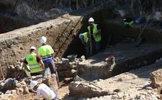 De la Torre apuesta por crear itinerarios para poner en valor el patrimonio arqueológico de Málaga