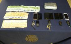 Cinco detenidos en Estepona por tráfico de droga procedente de Marruecos