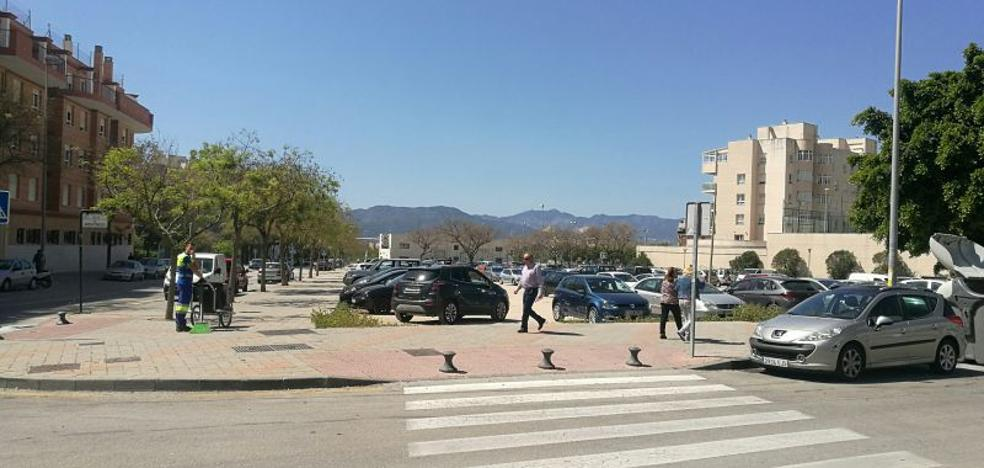 Teatinos: Piden un aparcamiento para El Romeral
