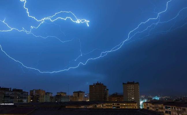 La Dana deja más de 140 rayos en Málaga y volverá a llover a partir de mañana