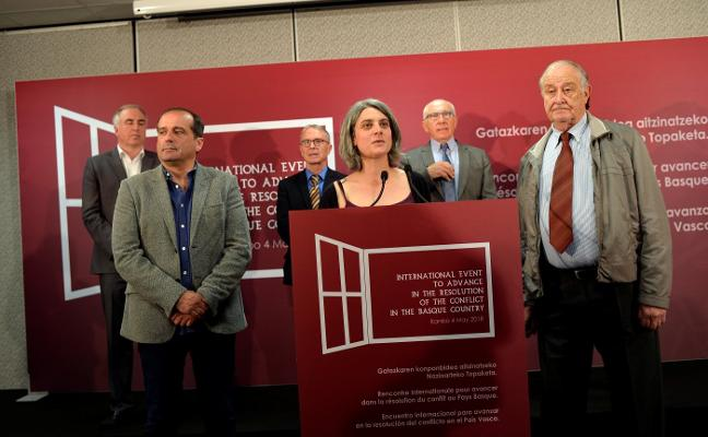 ETA lleva al País Vasco francés su final para evitar riesgos judiciales