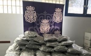 Detenido por ocultar 30 kilos de marihuana en un depósito de agua en Marbella