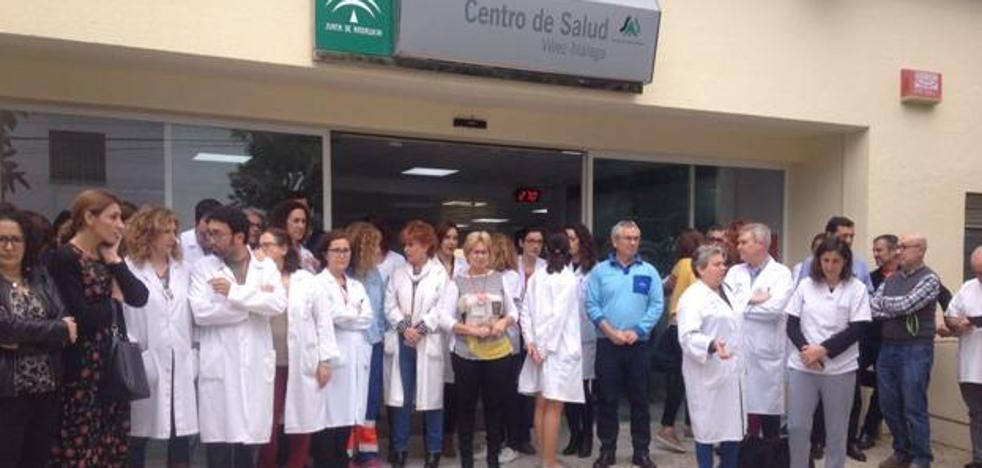 Cuatro meses de prisión para la mujer que pegó una patada a una enfermera en Vélez-Málaga