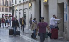 Los partidos de izquierda y Ciudadanos respaldan que se limiten las viviendas turísticas en Málaga