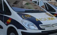 Detenidos dos menores en Málaga por humillar a un compañero al que grabaron mientras le rapaban la cabeza