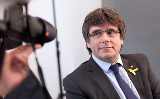 El Constitucional y el Consejo de Garantías catalán tumban la investidura de Puigdemont