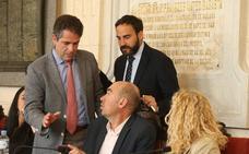 Tirón de orejas al alcalde por la falta de transparencia al nombrar a Andrade