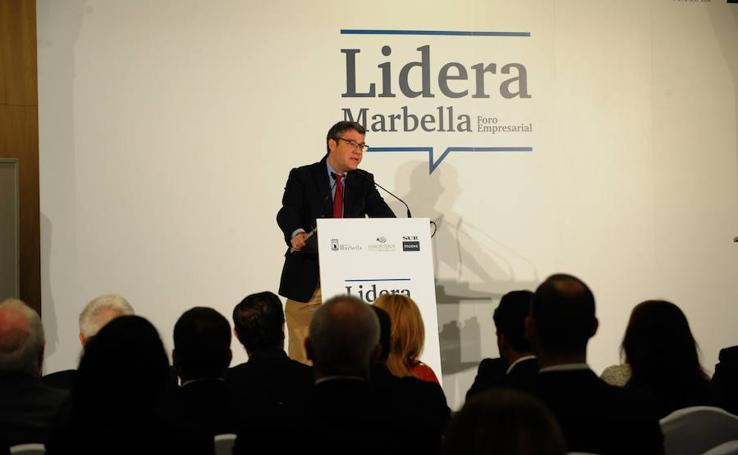 El ministro Álvaro Nadal, en el foro Lidera Marbella de SUR