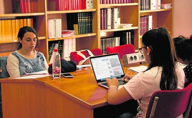 Las bibliotecas inician su horario especial para exámenes