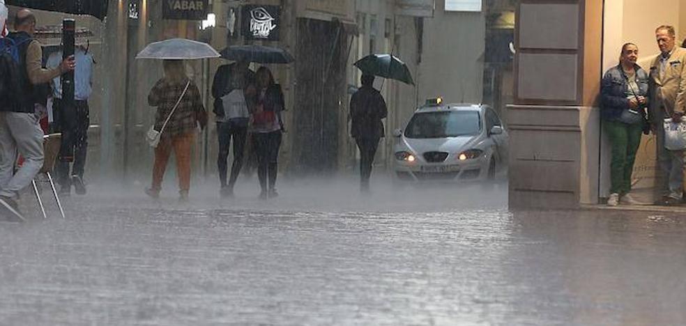 Activan el aviso naranja por fuertes lluvias en Málaga hasta medianoche