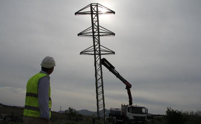 Endesa finaliza la parte autorizada de la línea eléctrica del Hospital del Guadalhorce