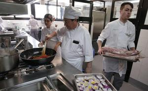 El restaurante de La Cónsula abre este jueves con un menú a 20 euros