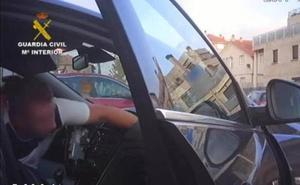 Tres detenidos por apalear a nueve guardias civiles en Algeciras a la salida de una comunión