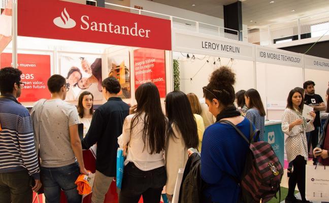 Las empresas buscan universitarios con idiomas y disponibilidad geográfica