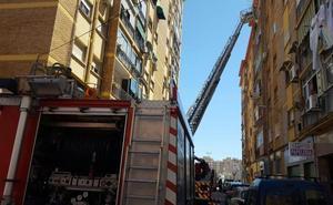 Rescatan a un malagueño que estuvo tres días sin beber ni comer tras sufrir una caída en su piso, en la capital