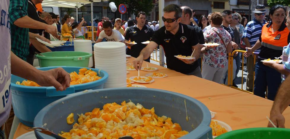 Coín exhibe lo mejor de su gastronomía en la Fiesta de la Naranja