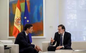 Rajoy y Sánchez se comprometen a dar una respuesta «pactada y proporcional» si hay desafío de Torra