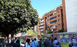 Vecinos de El Bulto reiteran su rechazo a la construcción de un bloque de VPO y un hostal frente a la fachada trasera de sus pisos