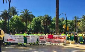 Día de huelga para un centenar de trabajadores de Parques y Jardines de Málaga
